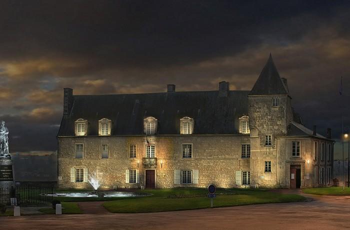 Pons – Hôtel de ville